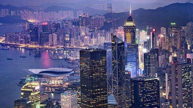 一位购买香港保险的客户分享的真实经历