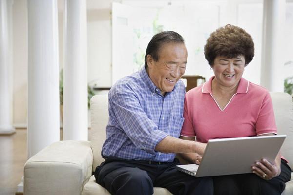 老人重疾险到底要不要买?如何买最划算?