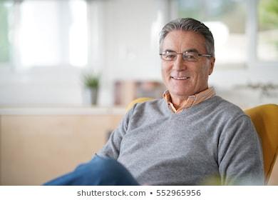 老年人防癌险哪家好?如何选择?
