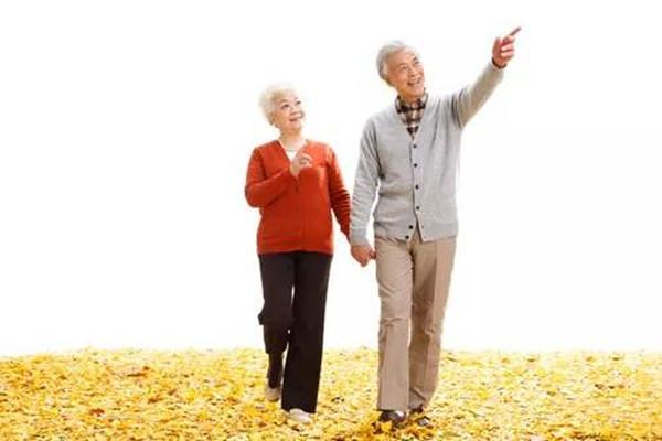 55岁买重疾险好吗?55岁买重疾险有哪些条件限制?