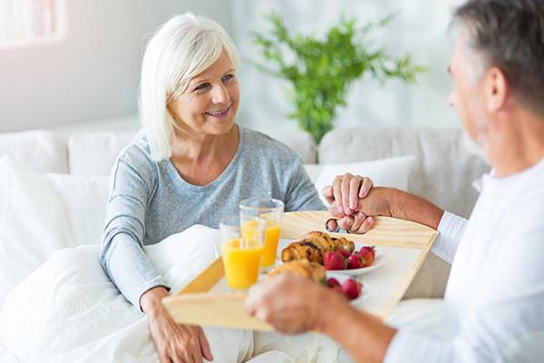 60岁老人有必要购买重疾险吗?60岁老人重疾险应该如何购买?