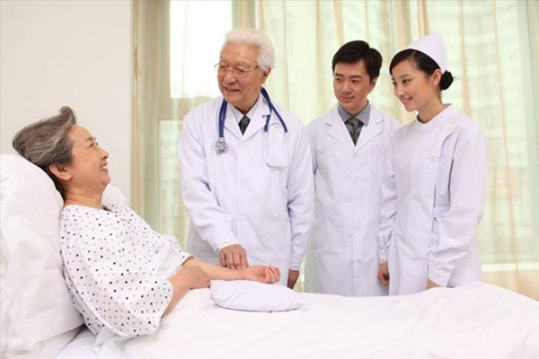 如何区别住院医疗保险和重疾险?买了住院医疗保险还用买重疾险吗?