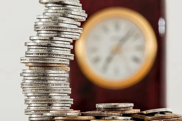 弘康人寿相伴一生年金保险怎么样?它具备哪些保险责任?