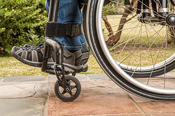 普通意外伤害保险多少钱一年?保额要如何确定比较好?